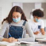 Cele mai mari universităţi bucureştene vor începe cursurile în format hibrid